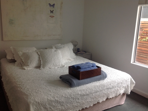 Home exchange in,Australia,Tewantin,2nd bedroom, king size bed