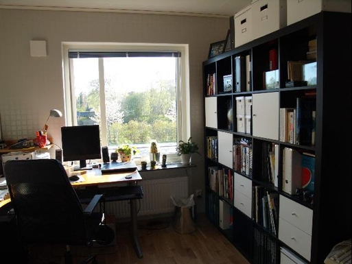 BoligBytte til,Sweden,Stockholm, 0k, SE,Study space upstairs. View to the allotment garden