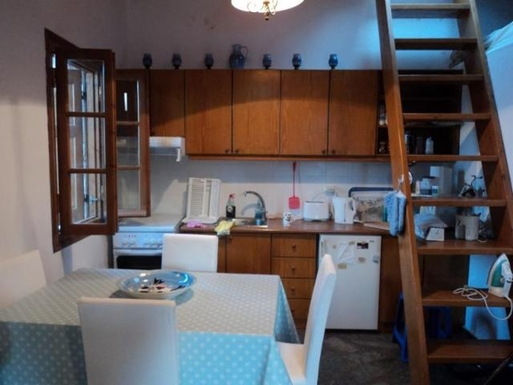 BoligBytte til,Greece,Kalamata, 30m, S,Kitchen area with stairs to flat roof.
