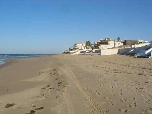 BoligBytte til,Mexico,Puerto Penasco,The  beach looking  west  toward  town  Rocky  Poi