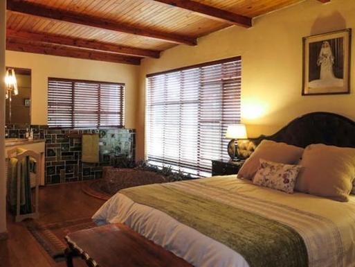 BoligBytte til,South Africa,Lyttleton,Cottage Main Bedroom