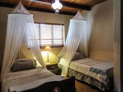 BoligBytte til,South Africa,Lyttleton,Cottage Second Bedroom