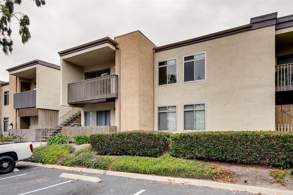 432 Edgehill Lane #176, Oceanside, CA 92054