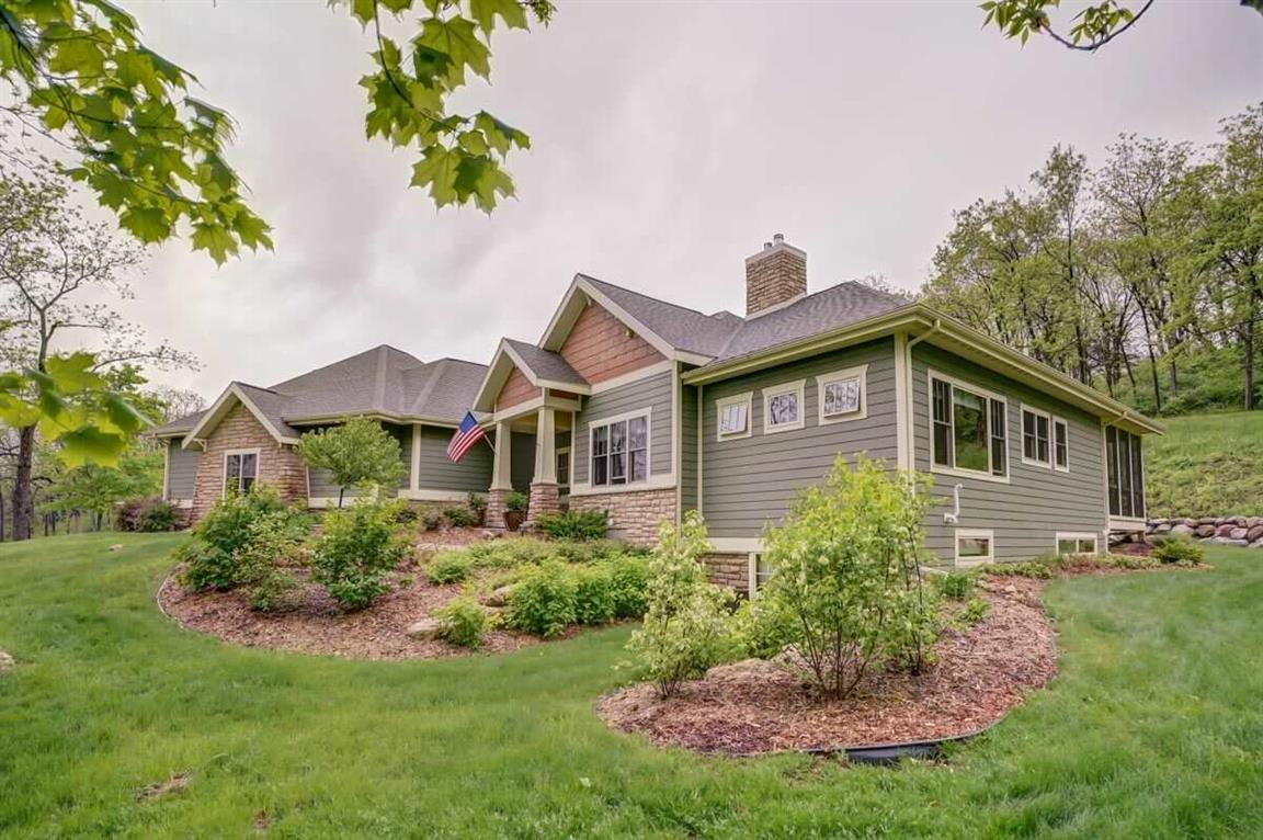 Homes For Sale Middleton Wi >> 7664 Payvery Trail Middleton Wi 53562 Mls 1858277 Homesnap