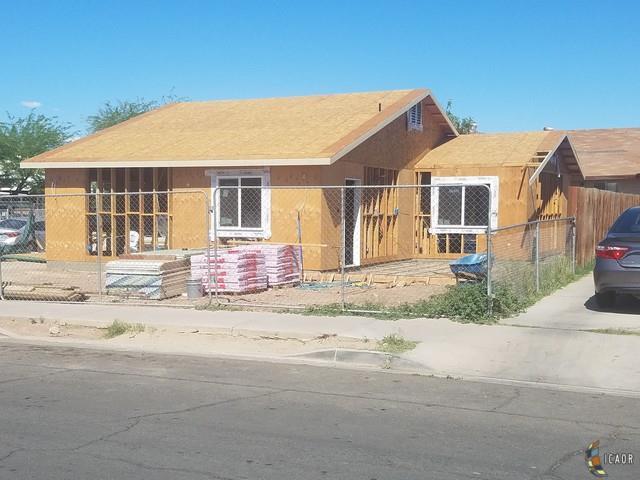 895 W Orange Avenue El Centro Ca 92243 Mls 19463100ic Homesnap