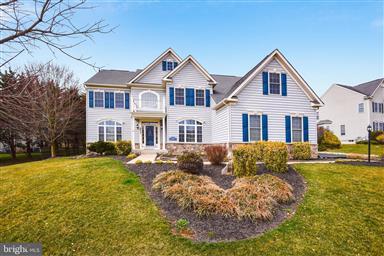 Pleasing 21048 Finksburg Md Real Estate Homes For Sale Homesnap Home Interior And Landscaping Ferensignezvosmurscom