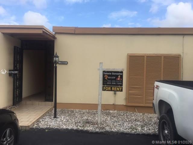 7013 Crown Gate Place Hialeah Fl 33014 Mls A10742201