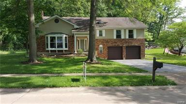 14812 Greenleaf Valley Drive Chesterfield,MO 63017