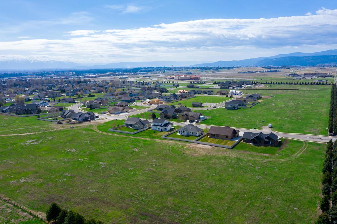 160 Ali Loop, Kalispell, MT 59901