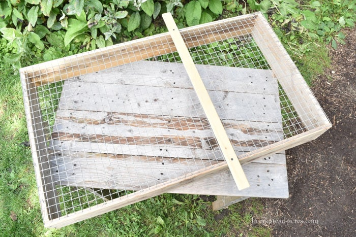 DIY Compost Sifter With Slider Rail
