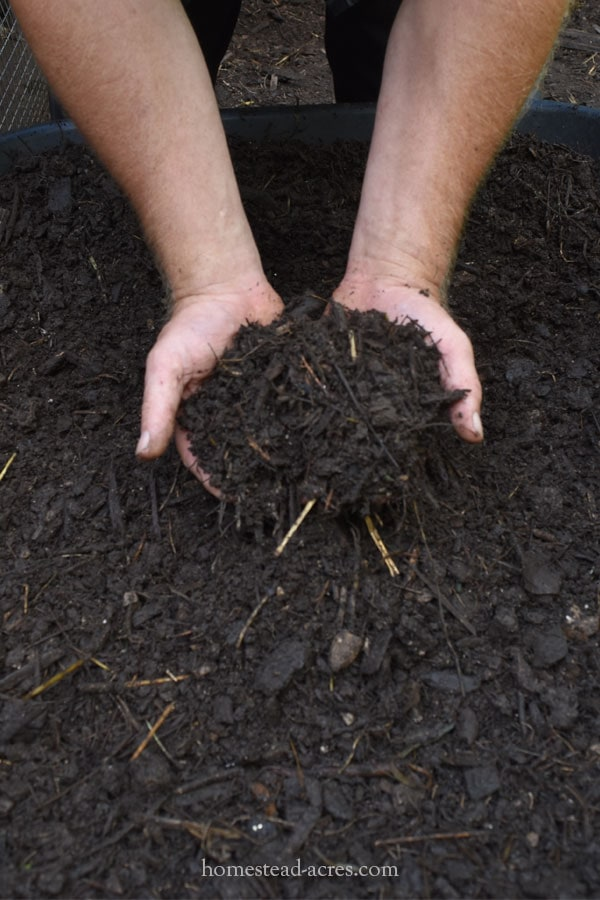 Coarse Sifted Compost For Mulch