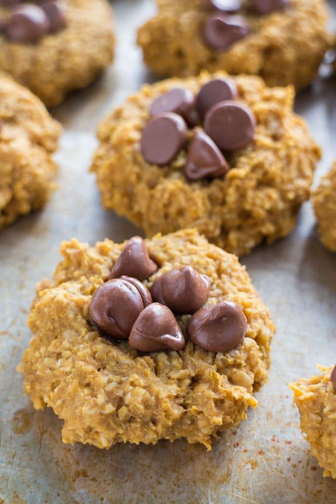 5 Ingredient Pumpkin Oatmeal Cookies