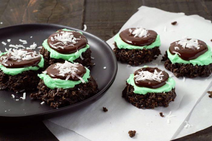 Mint Chocolate No bake Cookies