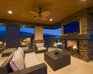 Stunning modern living room in mountain home