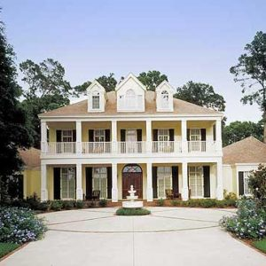 Exterior photo of contemporary plantation home