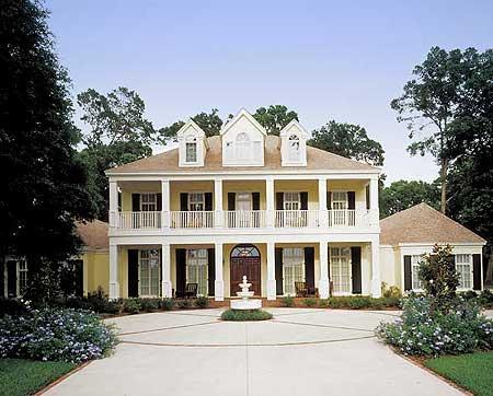 Luxurious Contemporary Plantation Home Design (Photos)