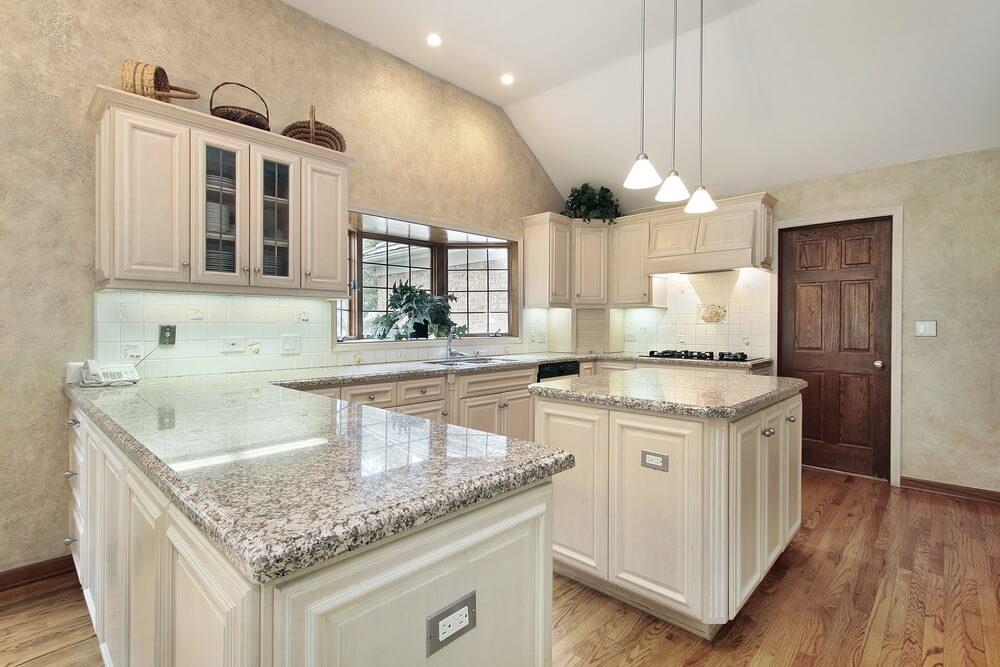 "36 ""brand new"" all white kitchen layouts  designs photos"