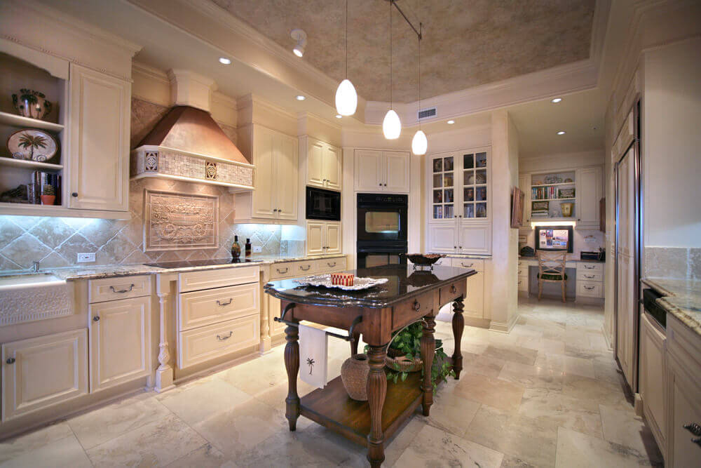 Nice Closed Kitchen Design
