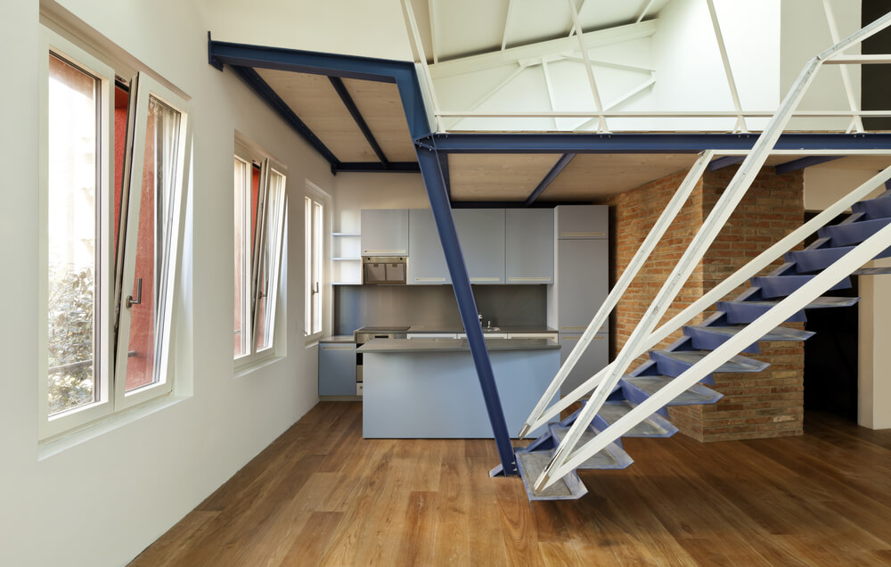 Apartment With Steel Loft