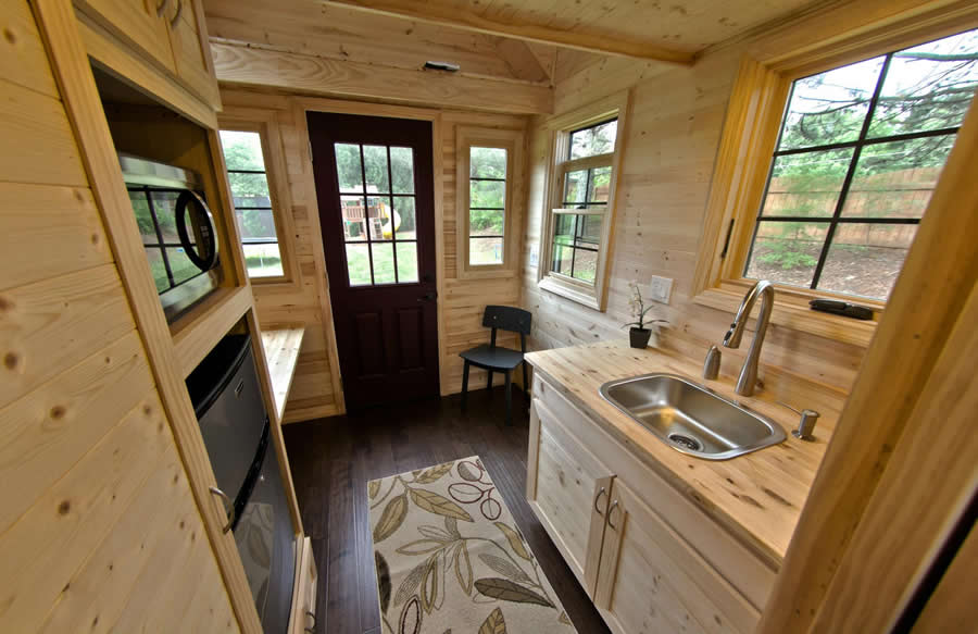 10 tiny home designs exteriors interiors photos