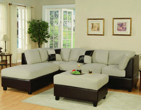 This Bobkona sectional is a three-piece sofa that comes with a L/R chaise, a sofa, and an ottoman.