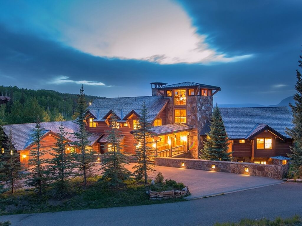 Ski chalet in Colorado
