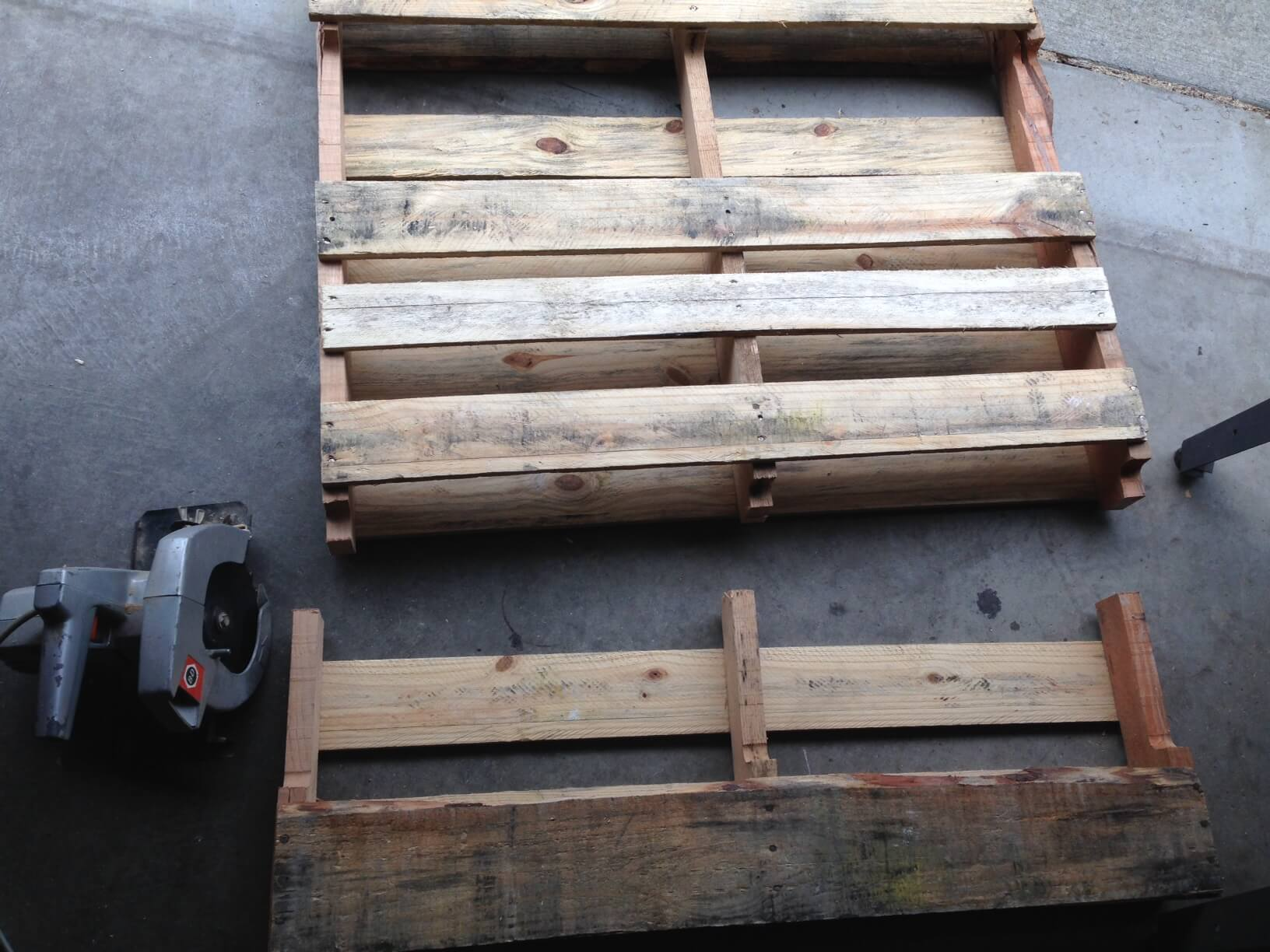 Cutting the pallet