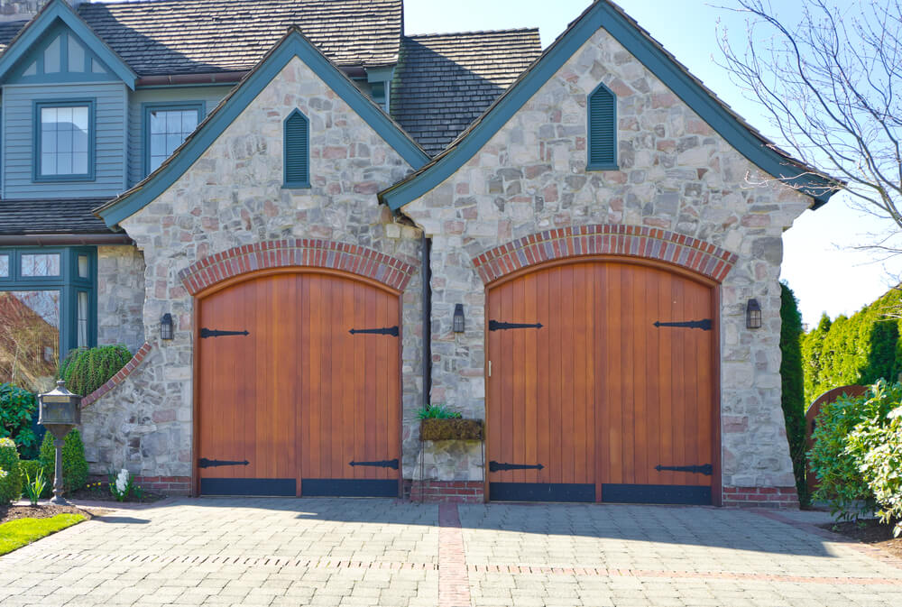 60 Residential Garage Door Designs Pictures