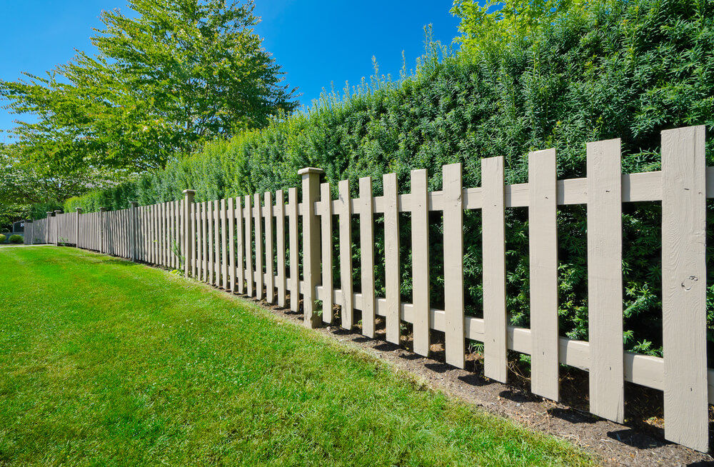 Simple Garden Fence Ideas garden fence ideas that truly creative inspiring and low cost Fence Designs And Ideas Backyard Front Yard Garden Idea
