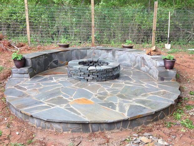 DIY tutorial build a veneer patio with firepit