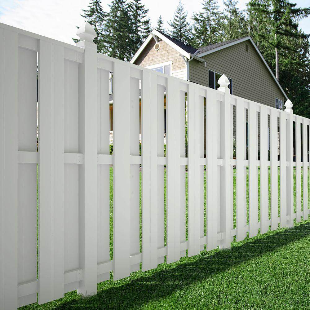 Privacy Fence Ideas For Front Yard Part - 39: White Shadow Box Fence