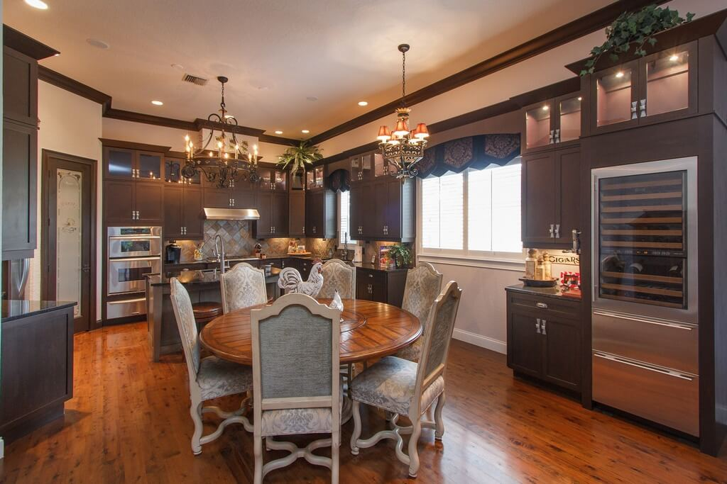 Design Large Kitchen Around Your Dining Room