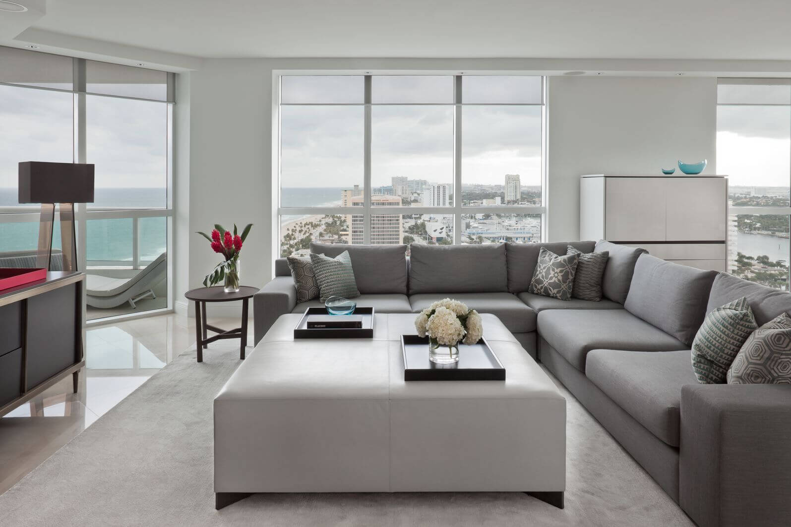 Wonderful This Modern Living Room, Naturally Lit Via Floor To Ceiling Windows,  Features Immense White