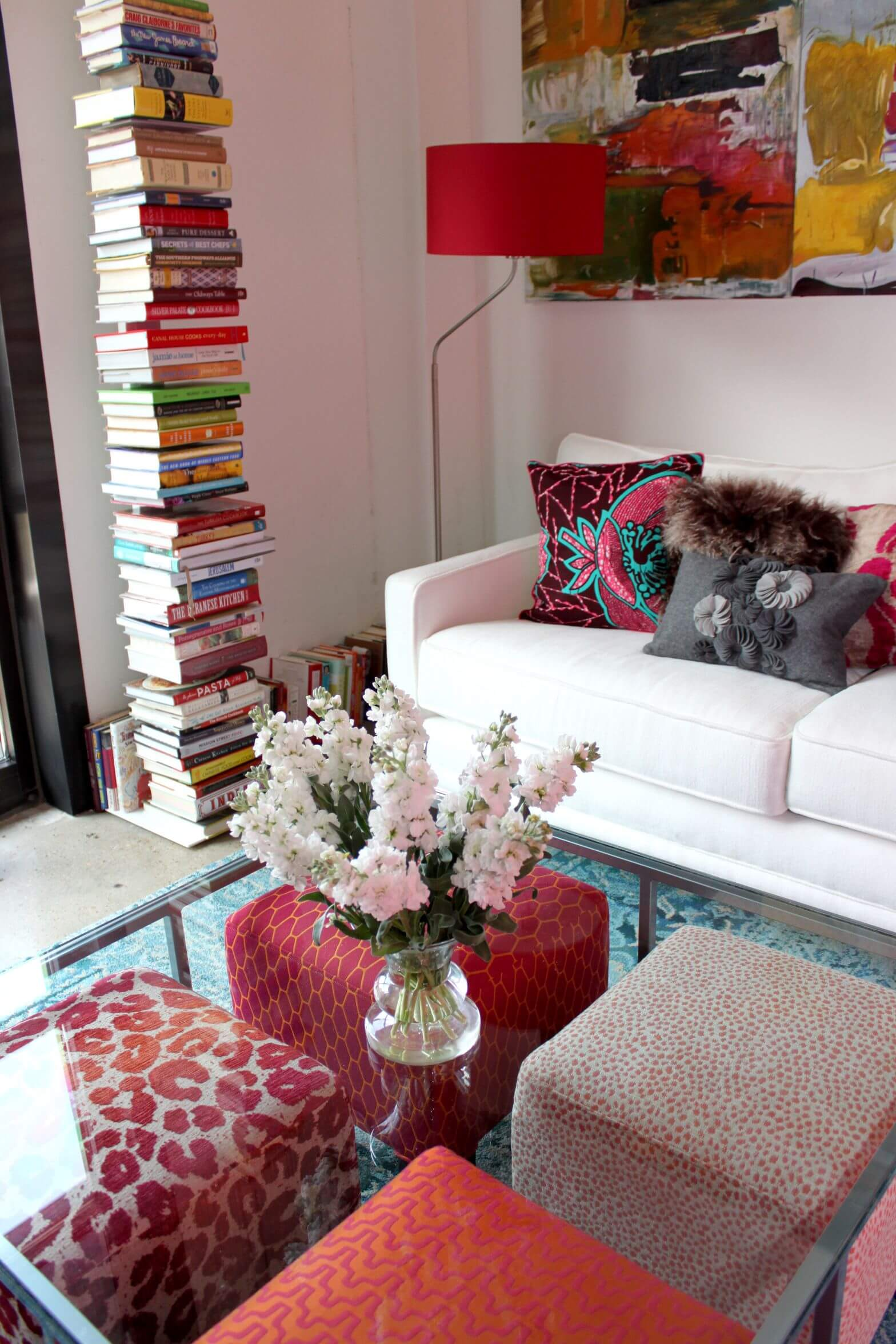 Seating Ideas For A Small Living Room: 50 Beautiful Living Rooms With Ottoman Coffee Tables