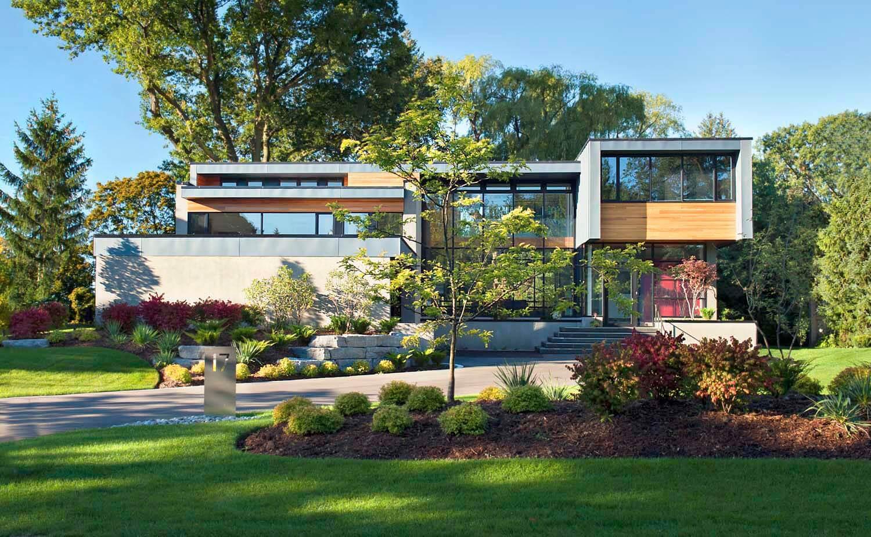 Vue extérieure de l'avant de la maison Thorncrest par Altius Architecture