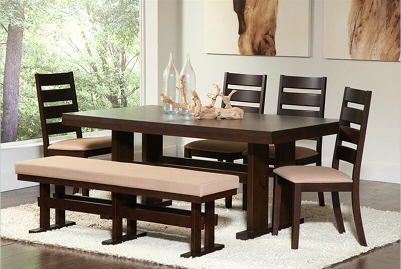 If you like pink or soft tones, this dining set is for you. It's made with solid wood and veneers finished in cappuccino.