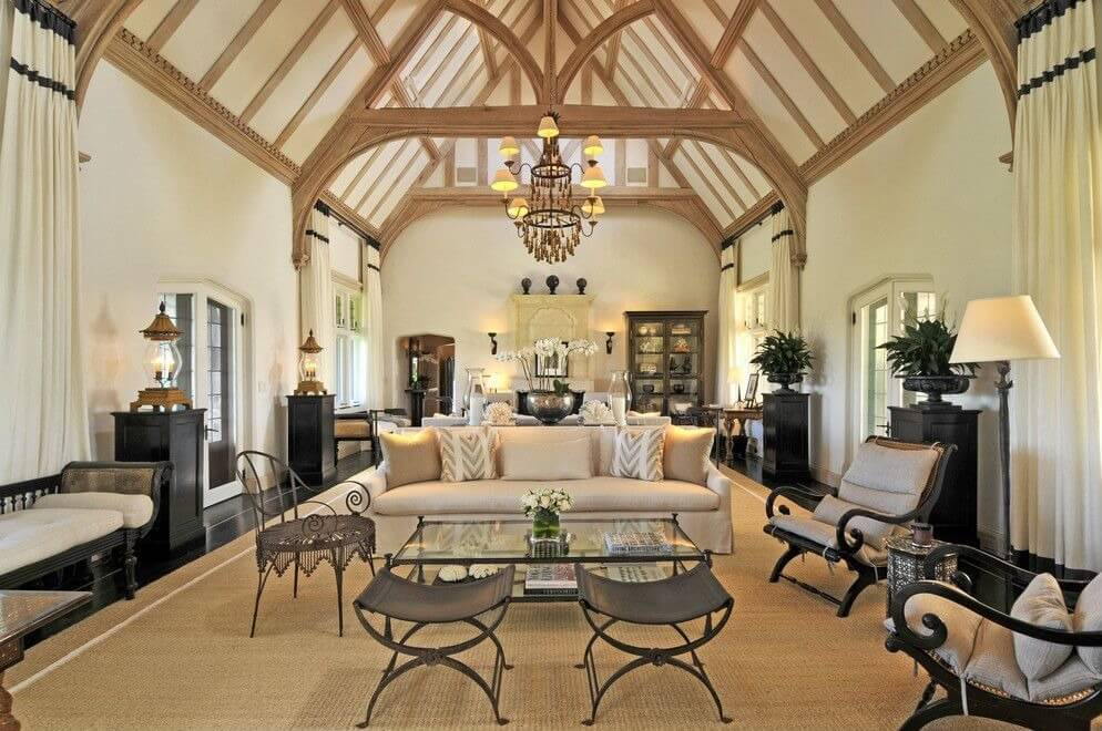 54 living rooms with soaring 2 story cathedral ceilings for Vaulted ceiling exposed beams