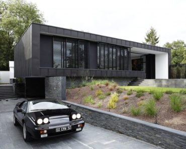 C-House by Lode Architecture