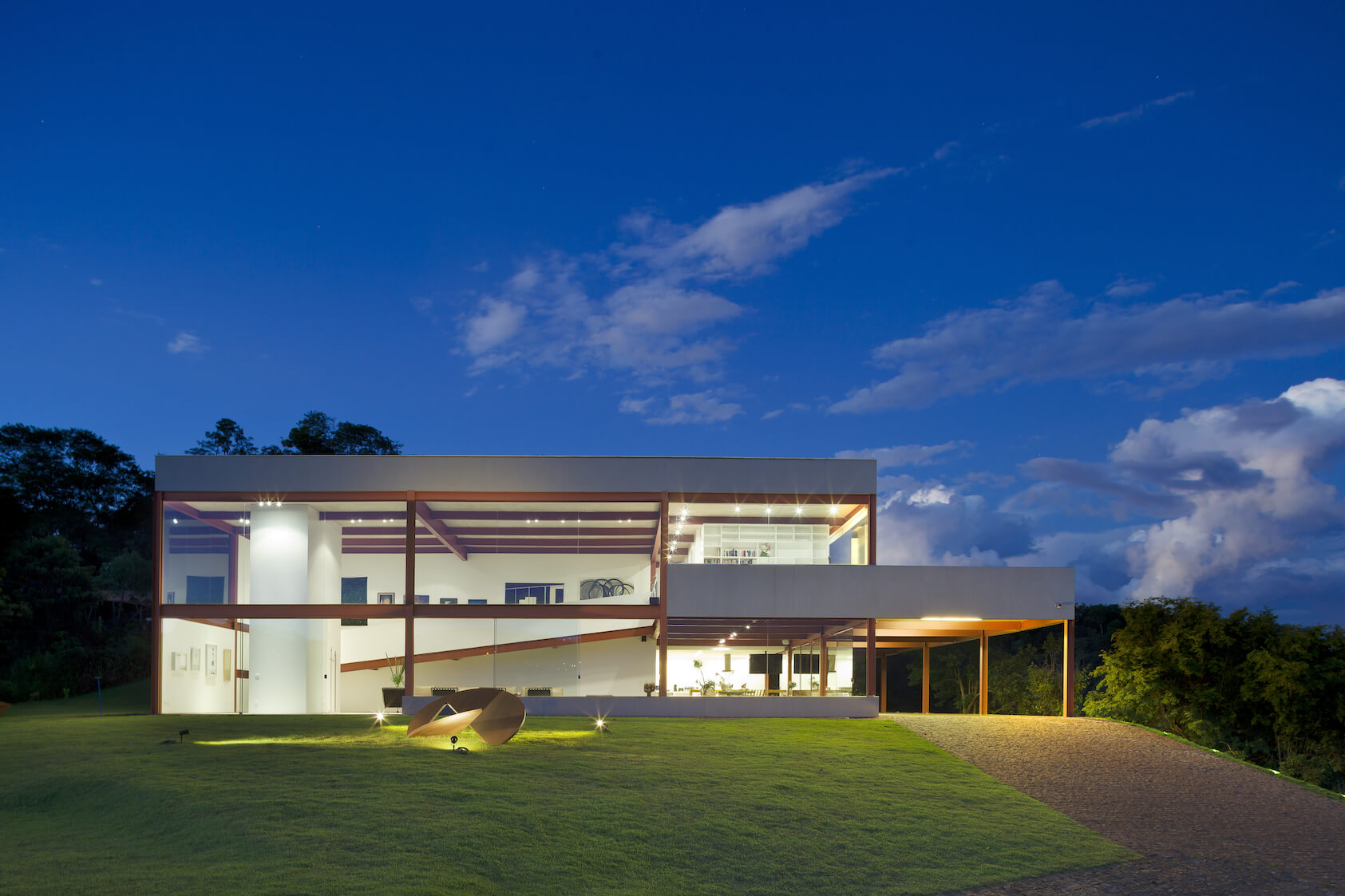 Stunning Casa das Gerais - an Art Gallery Modern Home by Denise Macedo Architects.