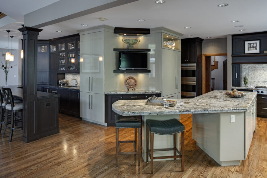 Award Winning Glen Ellyn Kitchen design by Drury Design