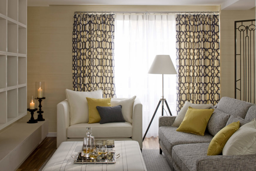 With gold, white, and cream accent pillows trying the color dynamic together, the entire space is unified.