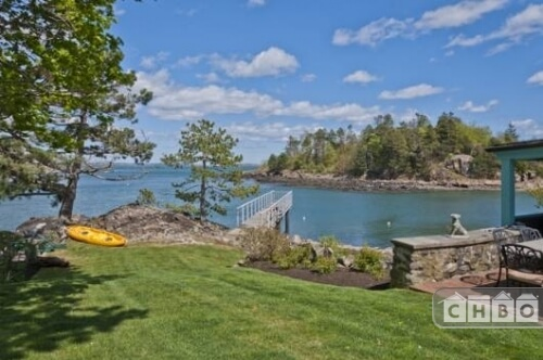 The private dock is near a small garden plot and is a short paddle away from another peninsula.