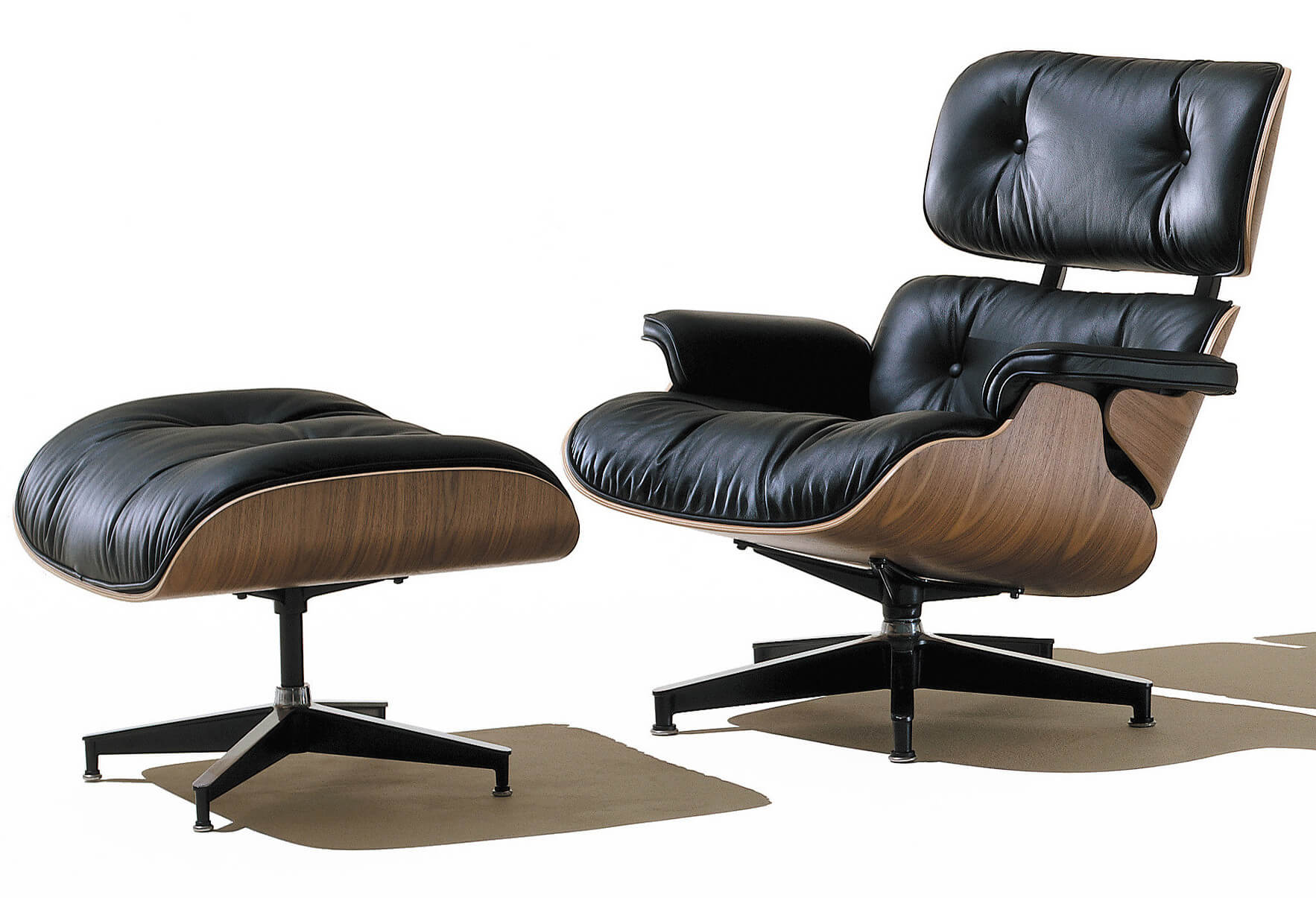 A Notable Type Of Accent Chair Is The Venerable Lounge Model, Boasting A  Reclined,