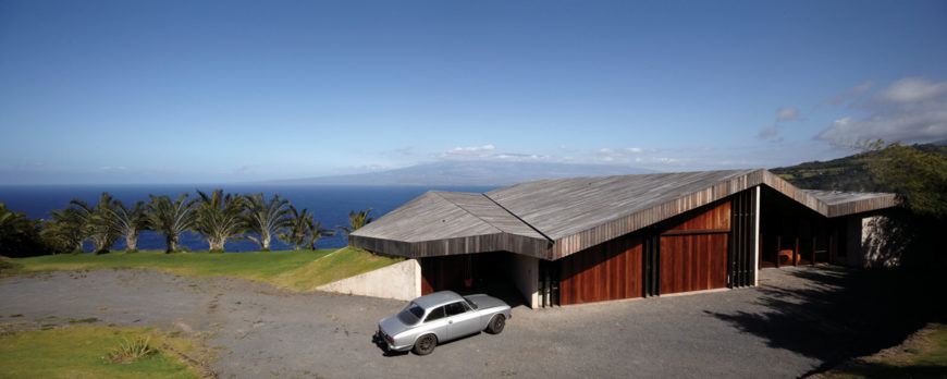 Gorgeous Cliff-Top Maui House By Dekleva Gregoric Arhitekti
