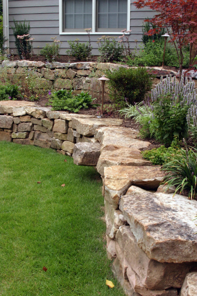 50 Backyard Retaining Wall Ideas and Terraced Gardens (Photos) on Terraced Front Yard Ideas id=65509