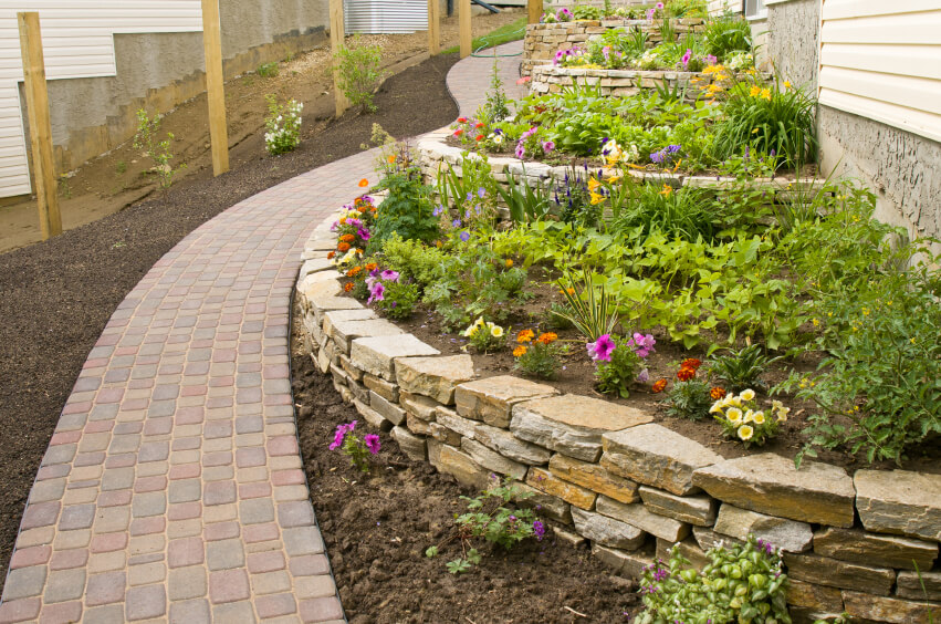 50 Backyard Retaining Wall Ideas and Terraced Gardens (Photos) on Terraced Backyard Ideas id=49473
