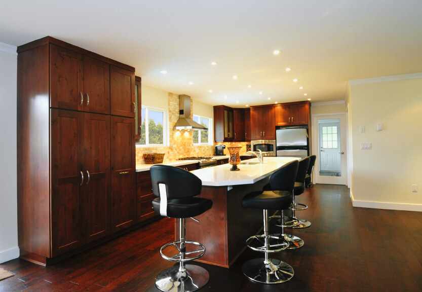 34 Kitchens with Dark Wood Floors Pictures : 30 kitchen dark wood floor from www.homestratosphere.com size 833 x 576 jpeg 116kB