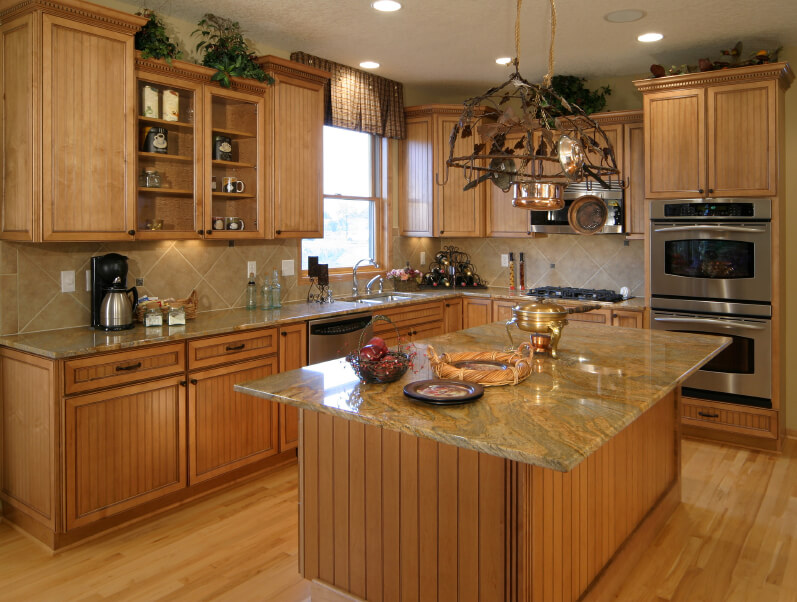 52 Enticing Kitchens with Light and Honey Wood Floors (PICTURES) on blonde maple kitchen cabinets, gray kitchen with oak cabinets, kitchens with blond wood floors, cherry wood kitchen countertops with white cabinets, kitchens black cabinets,