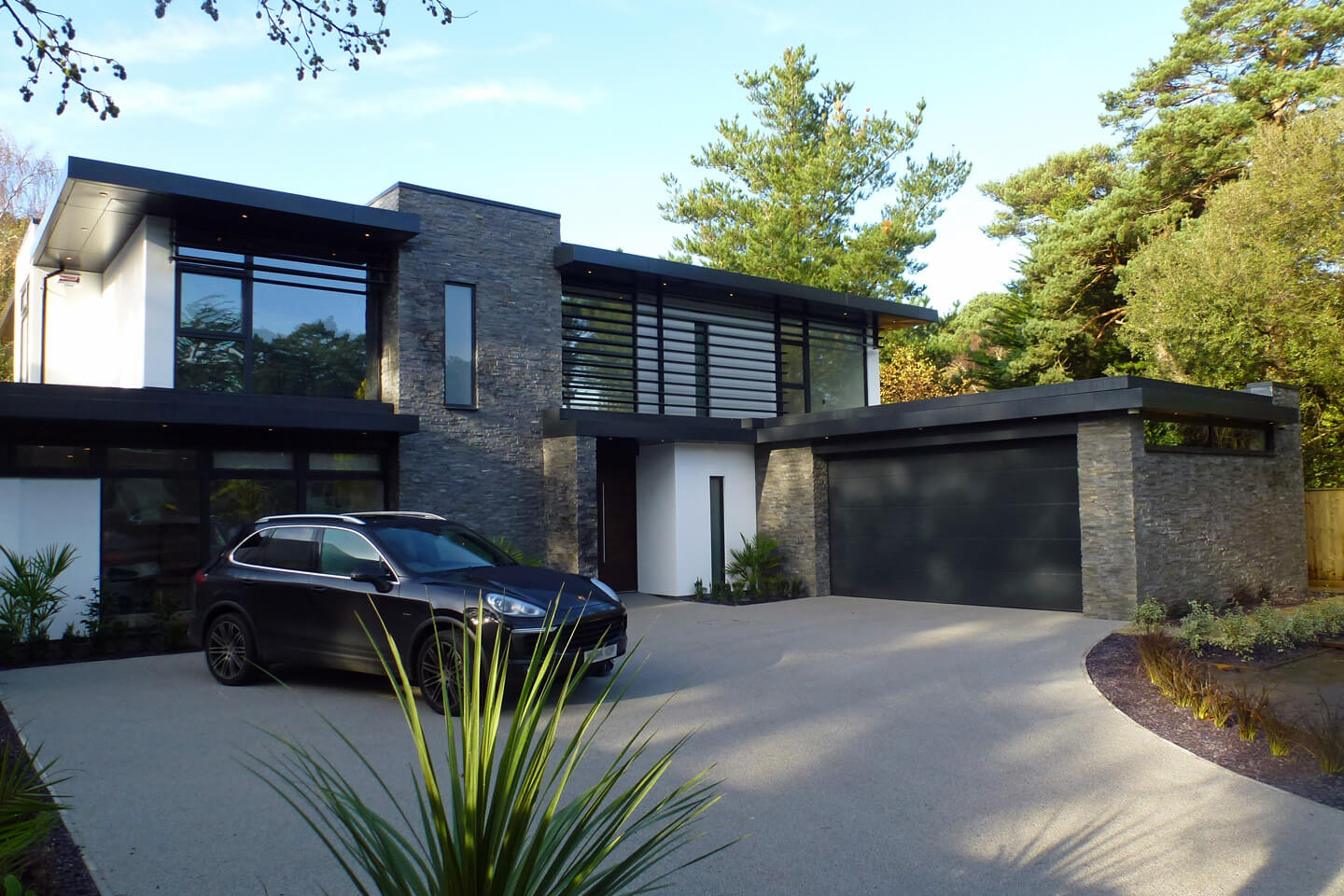 Beautifully Contemporary Nairn Road Project By David James