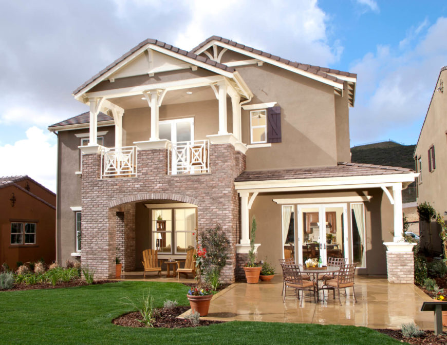 "Stucco comes both natural and synthetic. The benefits of natural stucco is that it has the ability to ""breathe"" and allows air and moisture to pass through it. Synthetic stucco needs to have a vapor barrier behind it to keep moisture from building up in the walls. Stucco is versatile in the fact that it can be used with any other material and creates a blank canvas allowing the other material to stand out more."